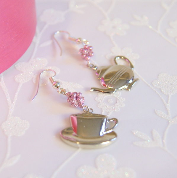 Tea time earrings...