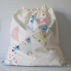 Drawstring bunting bag...
